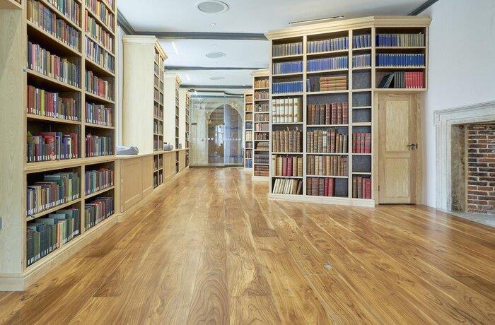 کفپوش کتابخانه